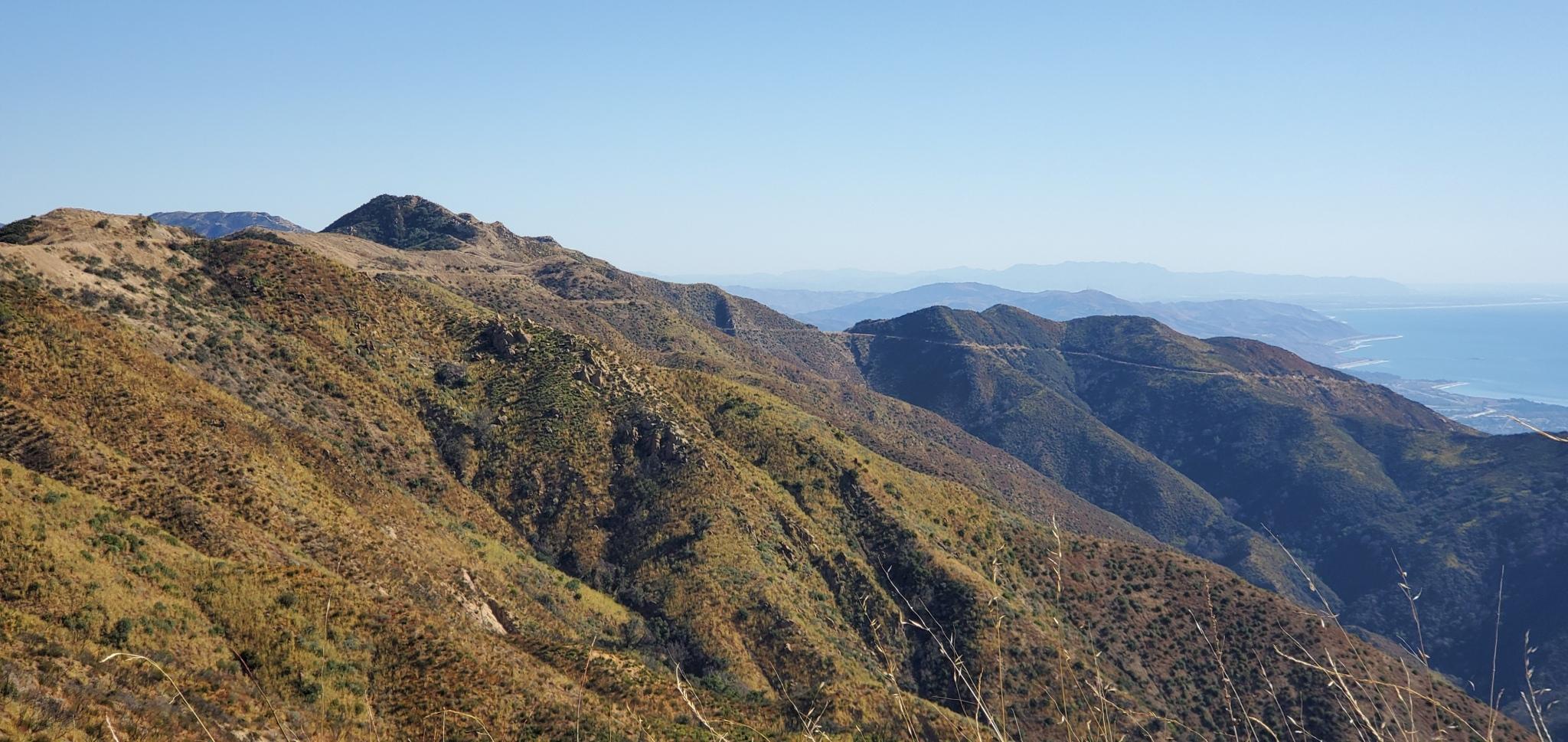 3 Mountains 02