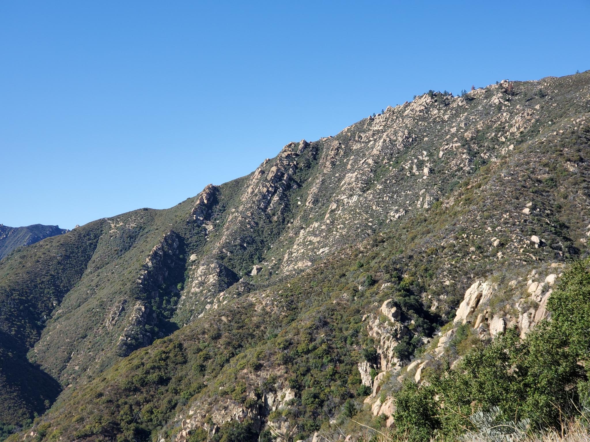 3 Mountains 10